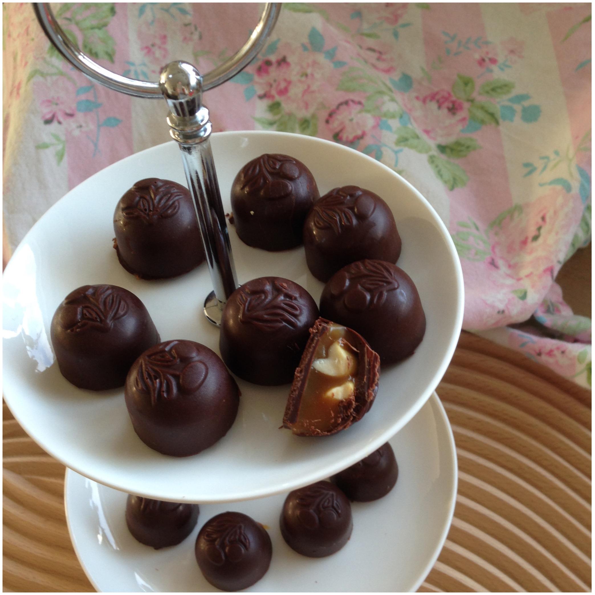 Chokoladestykker med karamel