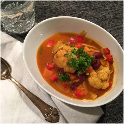 Indisk suppe med varme krydderier