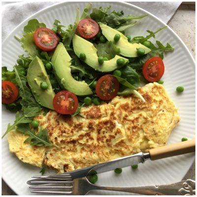 Plain omelette med sunde sager