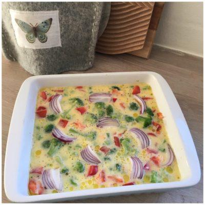 Sund og nem ovnbagt omelet