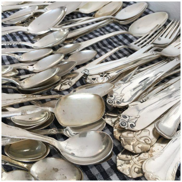 Forårsrengøring i sommerhuset og skinnende rent sølvtøj